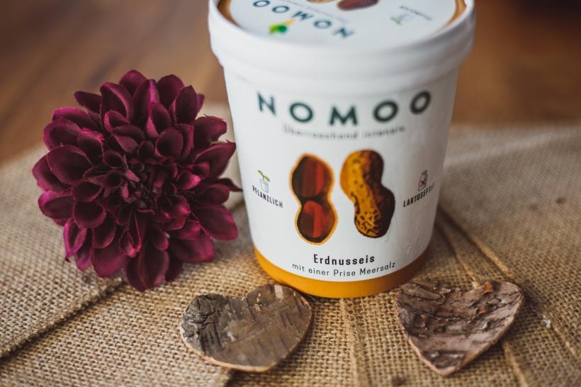 Nomoo-Fb-22